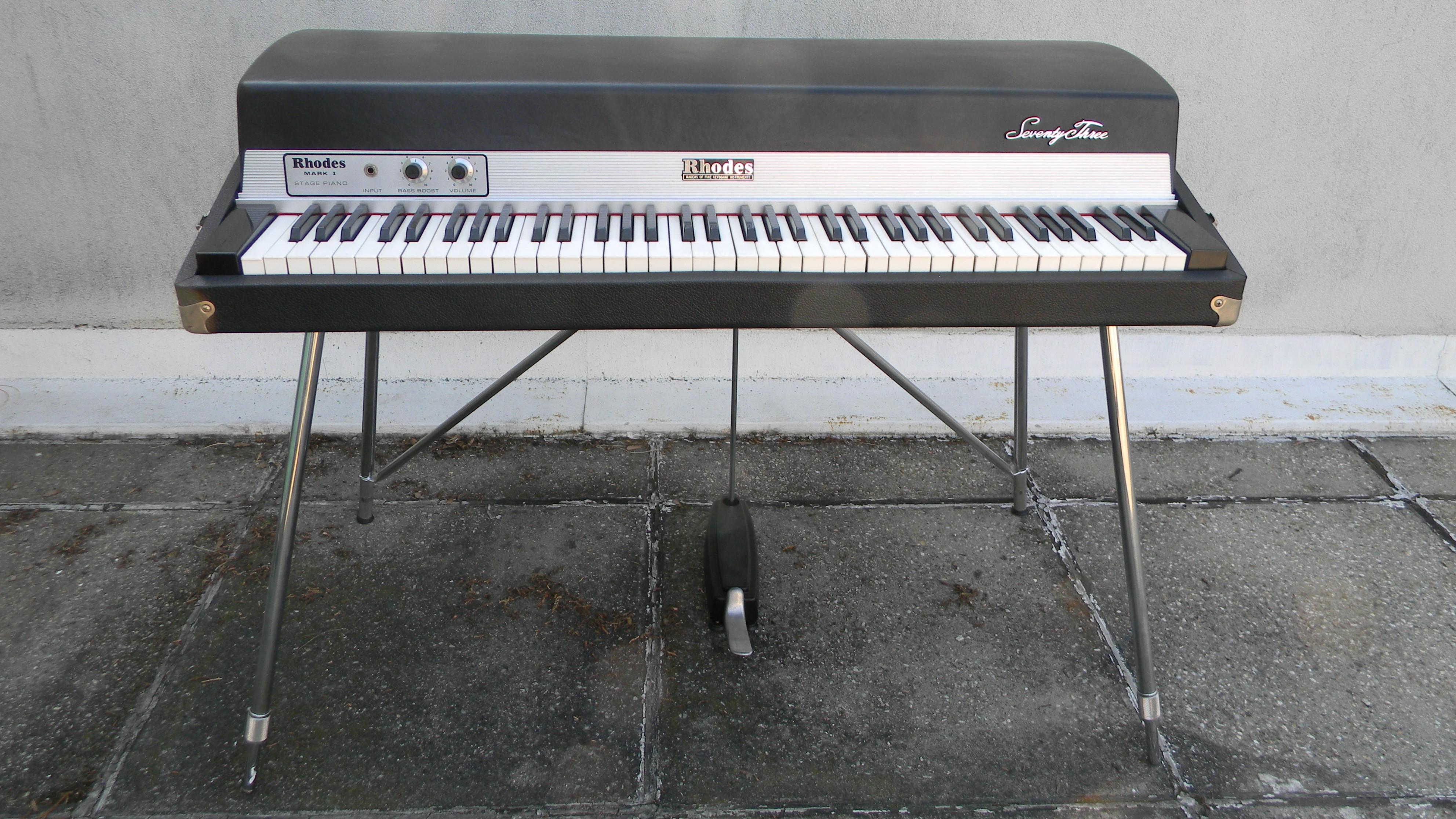 Piano Fender 73 Mark 1